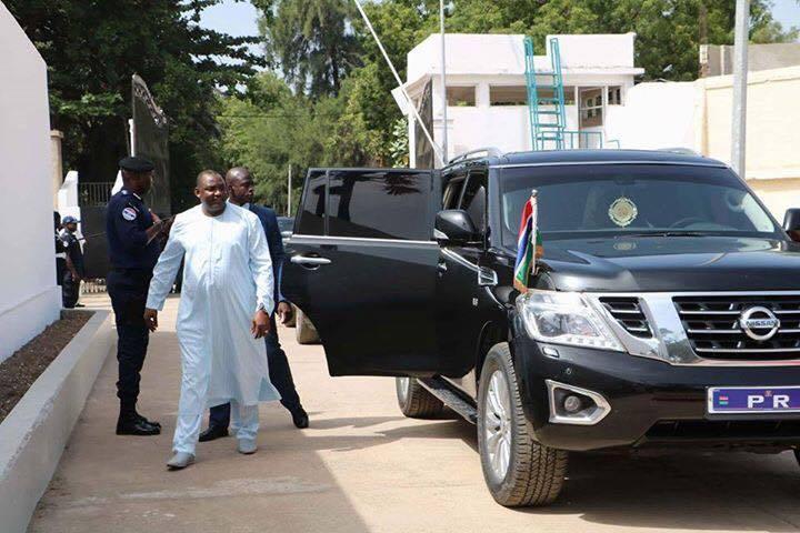 President-Adama-Barrow-4