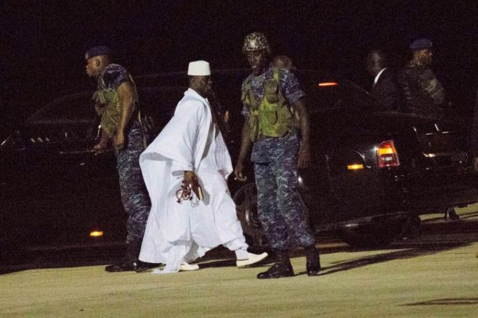 Yahya-Jammeh-at-airport-last-day