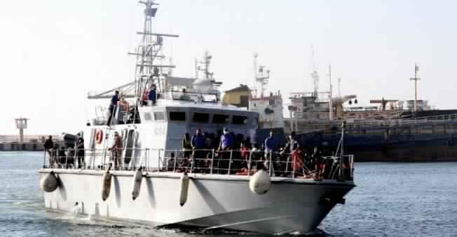 libye-migrants-250618_0